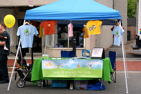 lello's booth at the 2008 Maplewood Mayfest